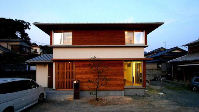 福間駅前の家